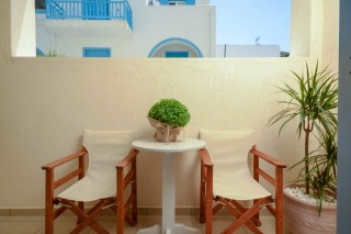 Semi-Basement Apartment with Balcony ormos naxos room-04