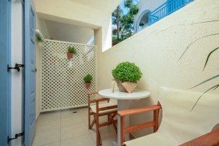 Semi-Basement Apartment with Balcony ormos naxos room-05